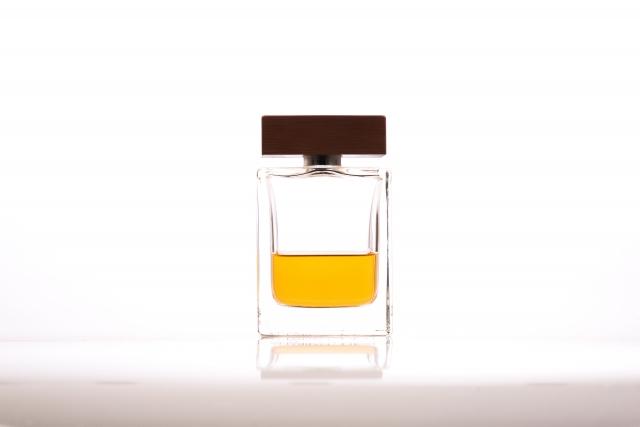 香水クリームは香水ほど持続しない【香りの仕組みを知ろう】