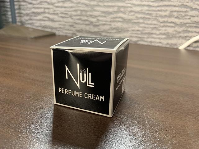 Nullパヒュームクリーム本体